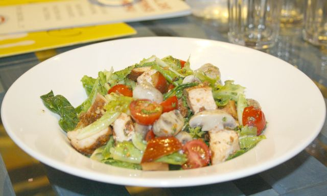 Rosted Chicken and Mushroom Salad