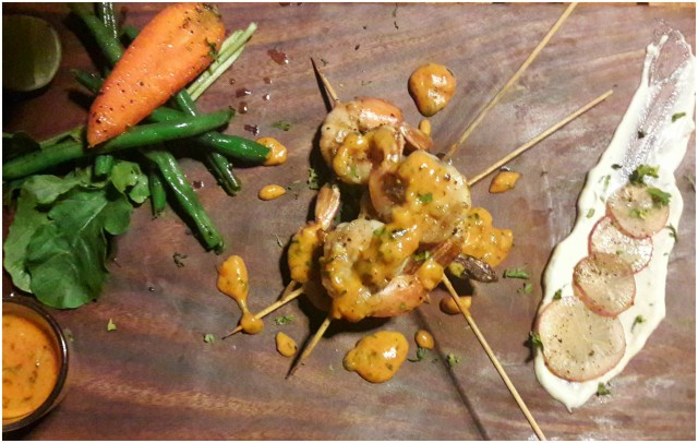 herbed-grilled-prawns-with-twister-sauce-teddy-boy