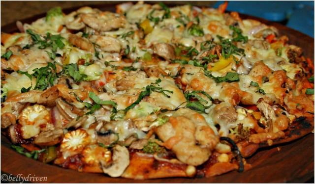 pizza-made-your-way_the-little-next-door-pune