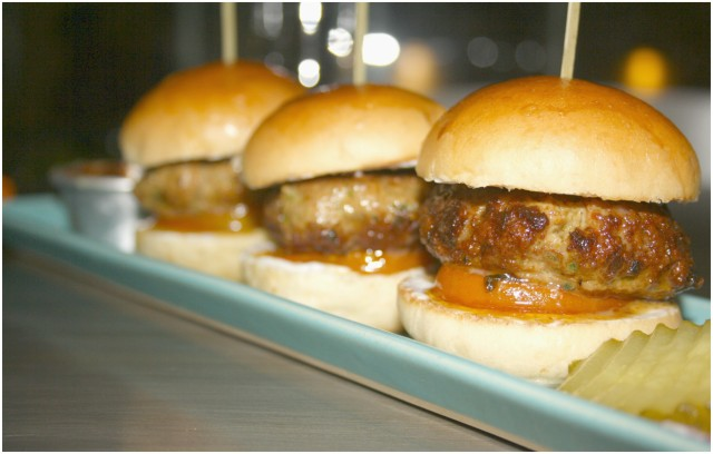 Lamsliders with garlic aioli and housemade tomato chutney