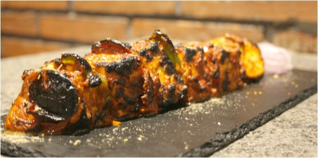 Khade Masale Ka Paneer Tikka, Copper Chimney